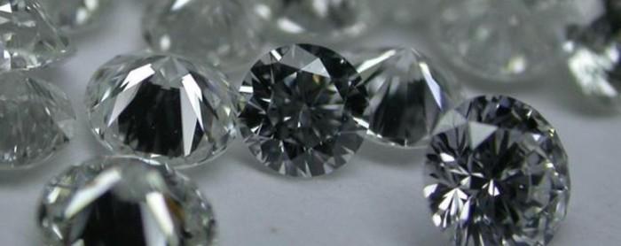 Diamanti, brutte notizie per i risparmiatori «Società fallita, ritardi neirisarcimenti»